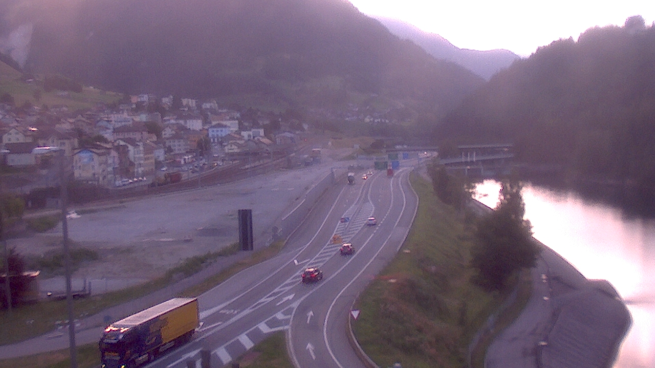http://webcam.afbn.ch/airns.jpg