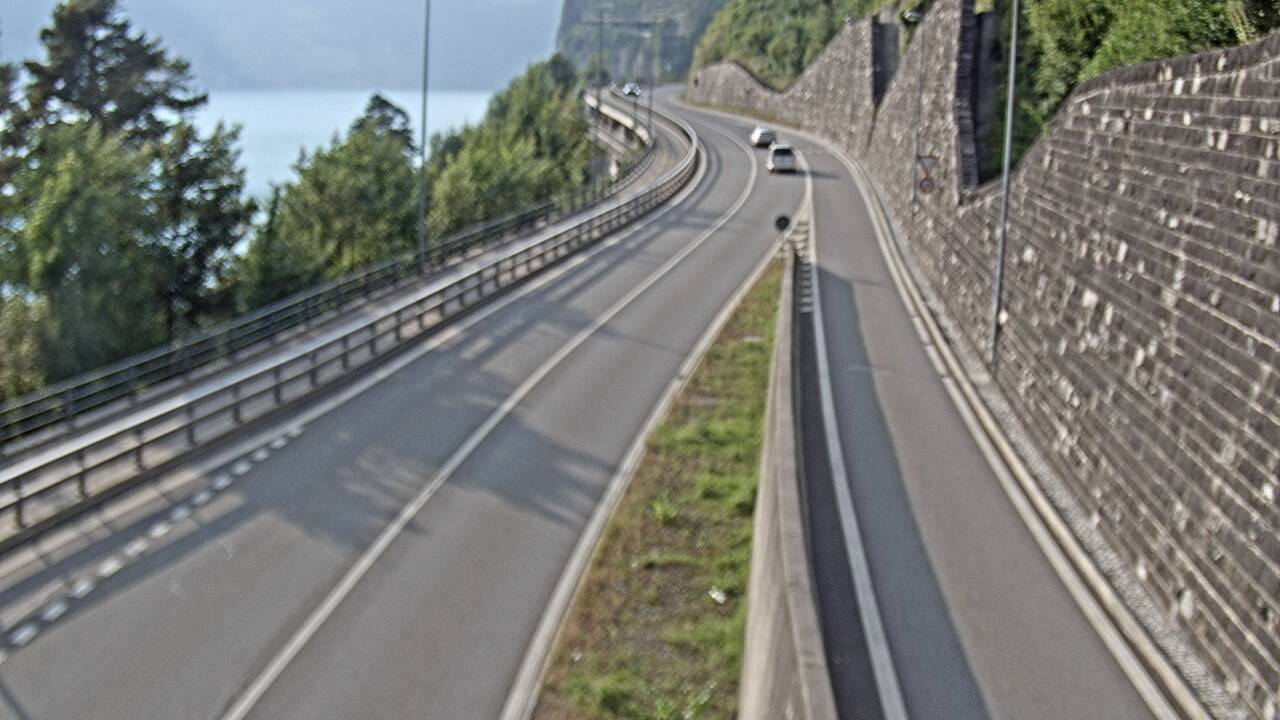 Tunnel Umfahrung Flüelen in Richtung Nord