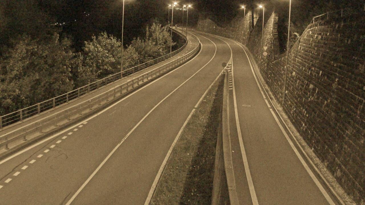 Webcam Tunnel Umfahrung Flüelen in Richtung Nord